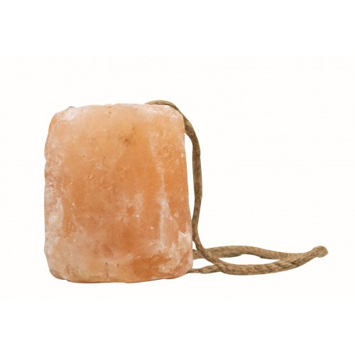 WESTERN RAWHIDE ROCK SALT WITH ROPE, LARGE 4-5 KG
