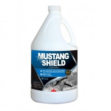 GOLDEN HORSESHOE MUSTANG FLY SHIELD - 4 L WITH SPRAYER